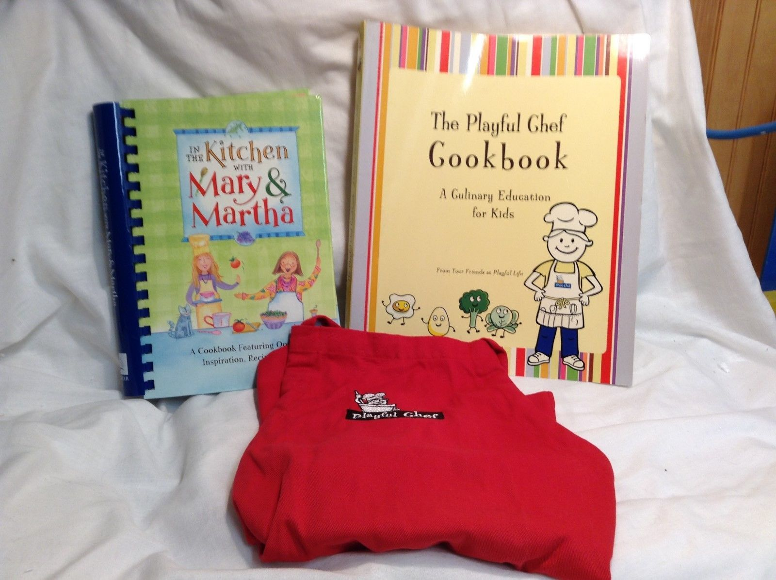 NEW The Playful Chef Children's Cookbook Set w Apron