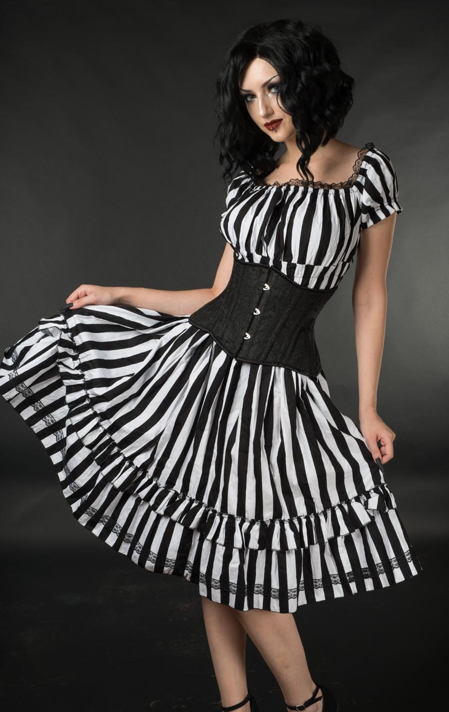 Striped gothabilly dress 32