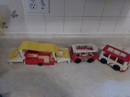 Vintage Fisher Price Little People School Buses (2) Pop Up Camper - $7.43