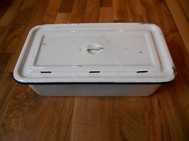 Old Vintage ca1920s-1940s Icebox Container White Blue Rim Graniteware En... - $29.99