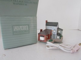 AVON EARLY AMERICAN LIGHT UP VILLAGE COLLECTION MAINHOUSE 1989 BOXED W/C... - $7.87
