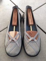 CLARKS Privo Ivory Leather Mary Jane Flats Women's 9m - $22.27