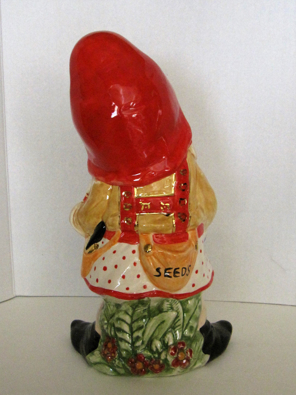 Gnome In Garden: Large Girl Garden Gnome With Basket Of Flowers