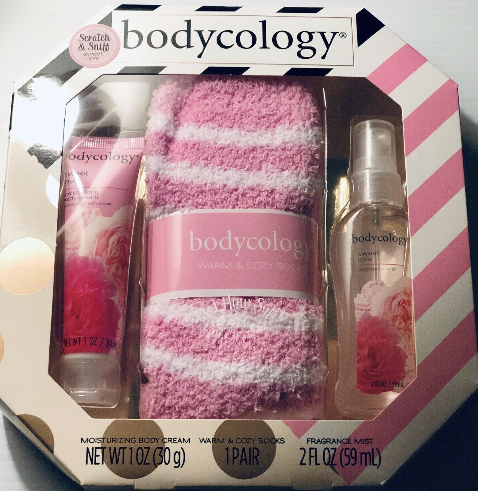 Bodycology Gift Set New In Box Sweet Love Smells Amazing! Socks soft! - $14.99