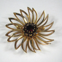 Sarah Coventry Brooch Red Rhinestones Flower Goldtone Signed SarahCov Pin 1960 - $29.69