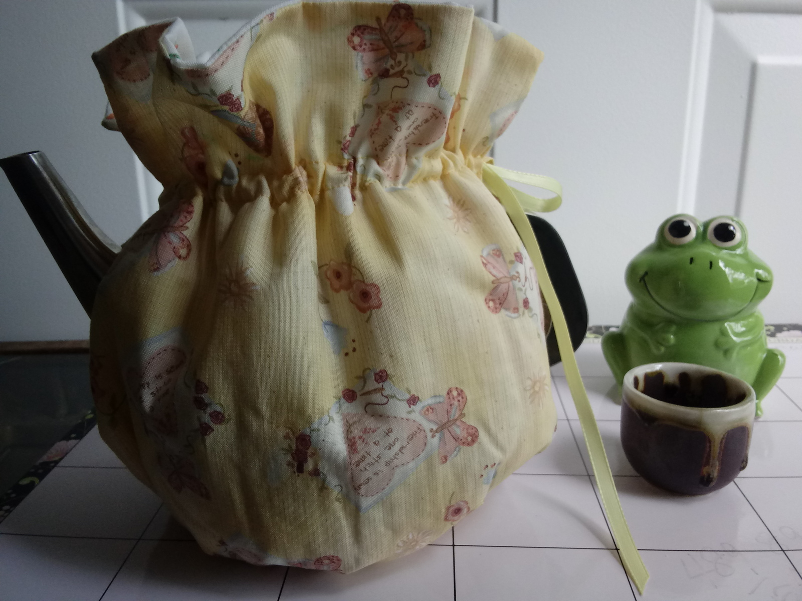 Vintage cotton handmade for 6-8 Cup  Reversible, Insulated Tea Pot  Cozy Cosy