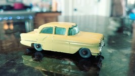 Vintage Matchbox 45 Yellow Vauxhall Victor Car Lesney with All Windows - $36.03