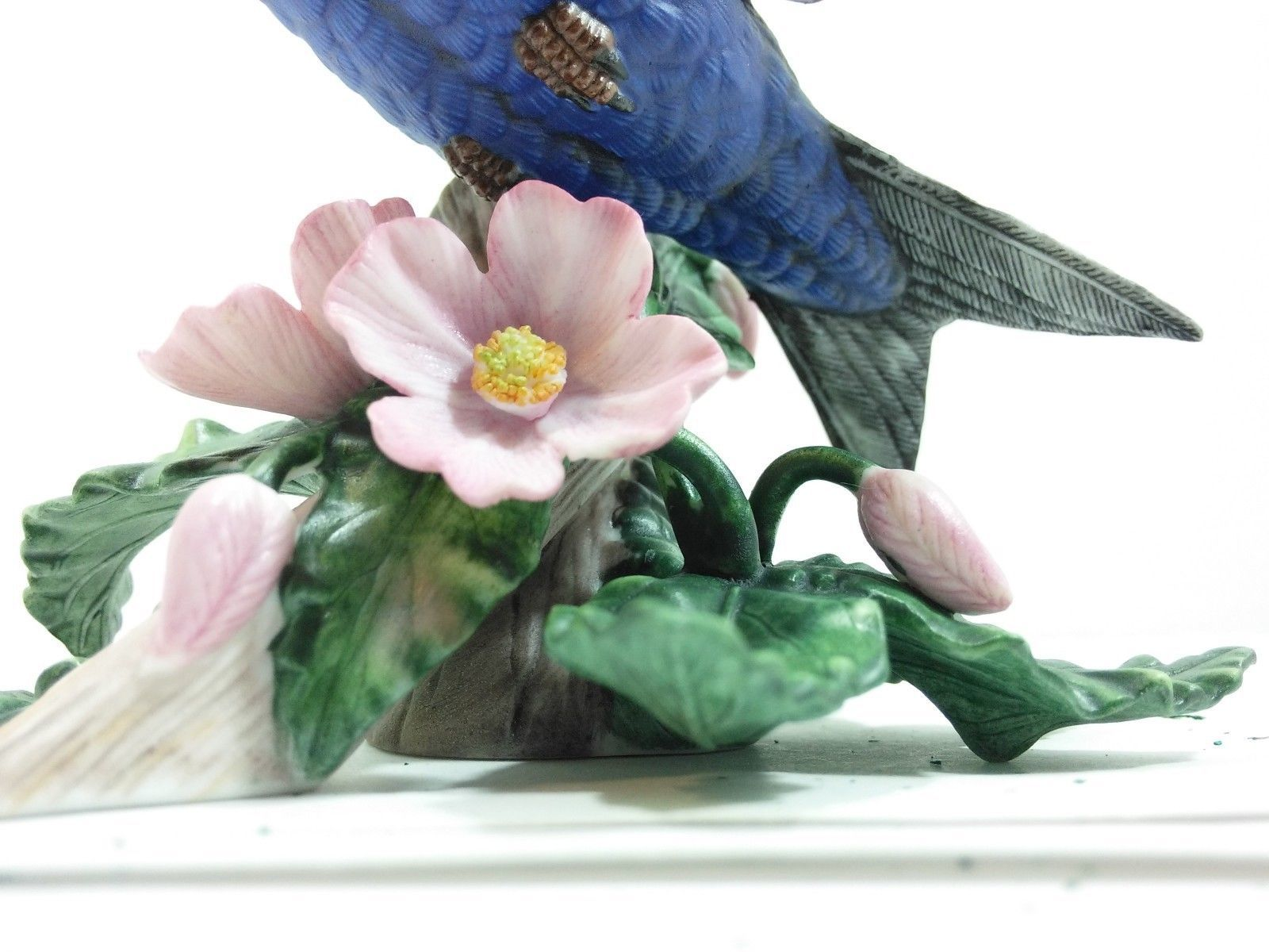 THE LENOX GARDEN BIRD COLLECTION Purple Martin (Fine Porcelain 1994)
