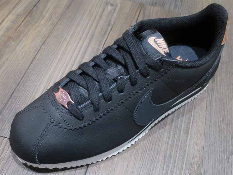 37631411 Nike Wmns Classic Cortez Leather Black and 39 similar items