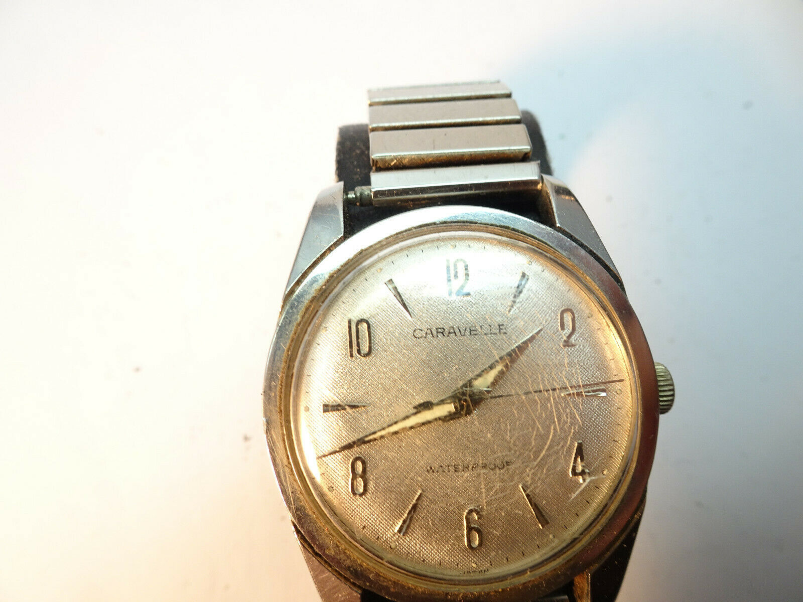 Primary image for 1960'S CARAVELLE BULOVA WATERPRROOF SILVER DIAL 11DP 17 JEWEL WATCH RUNS