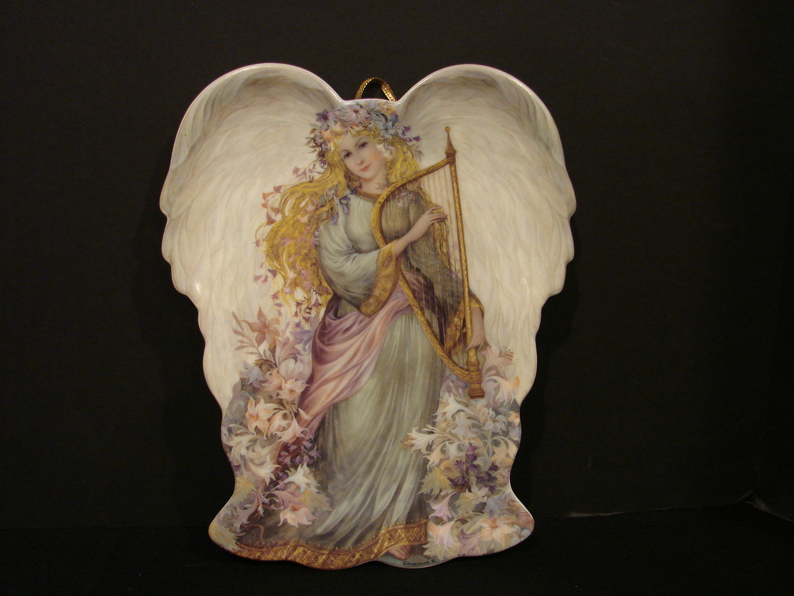Primary image for Two Collectible Angel Plates by Laine Gordon and Nadezhda Strelkina