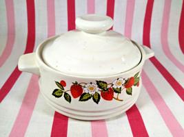 Sweet Vintage Sheffield Strawberries 'n Cream Stoneware Bakers Casserole Japan - $10.00