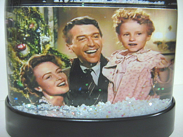 It's A Wonderful Life Snow Globe Auld Lang Syne Finale in COLOR Snowglobe Jimmy