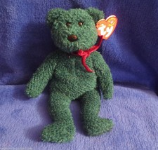Ty Beanie Baby 2001 Holiday Teddy - $5.34