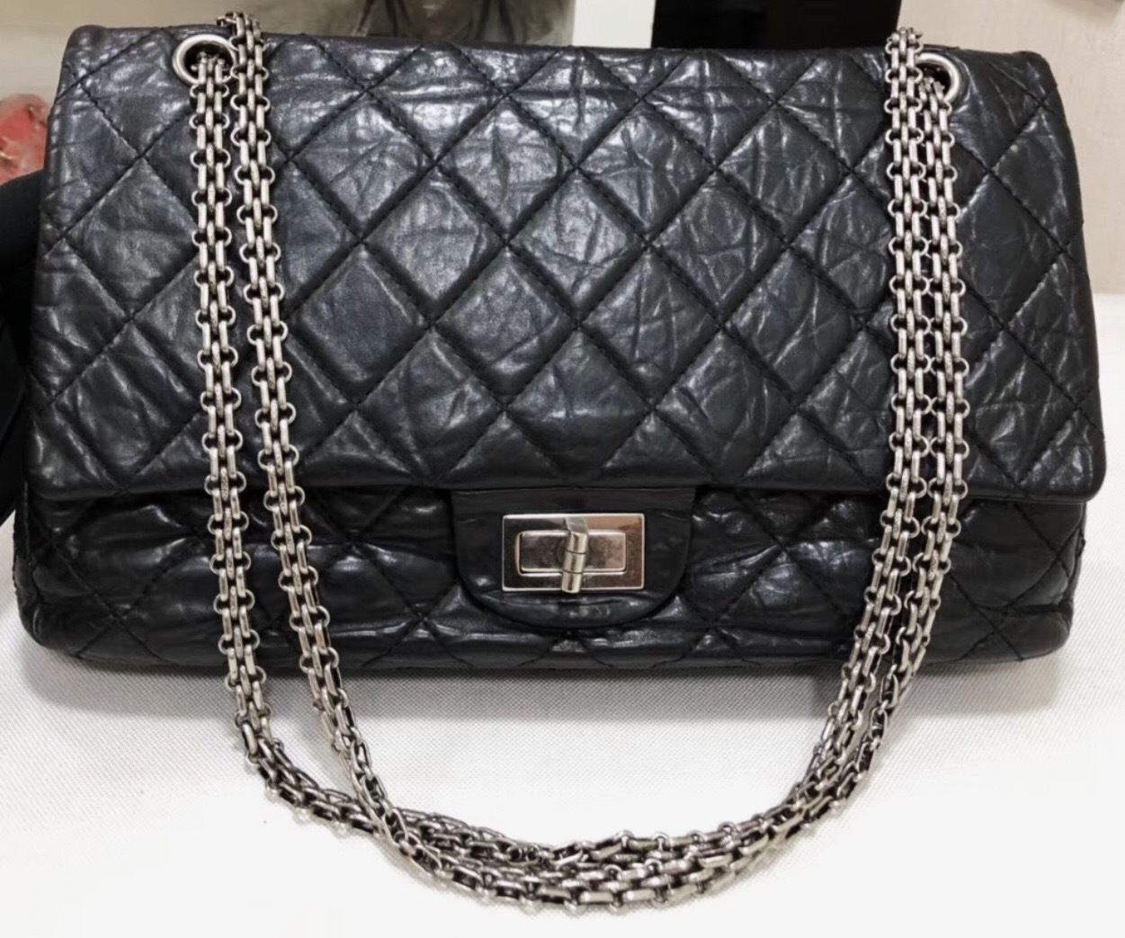 aedad9208d02c3 Auth Chanel Black 2.55 Reissue Quilted Age Calfskin 227 Jumbo Double ...