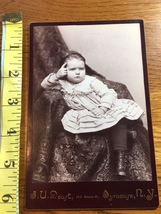 "Cabinet Card ""The Thinker"" Young Girl Strikes Interesting Pose 1860-80! - $9.00"