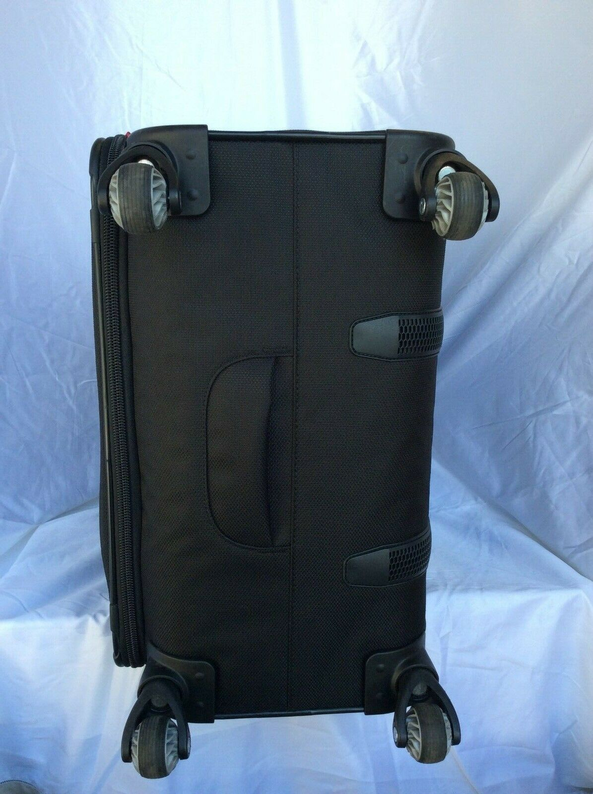 Samsonite Softside Spinner Suitcase