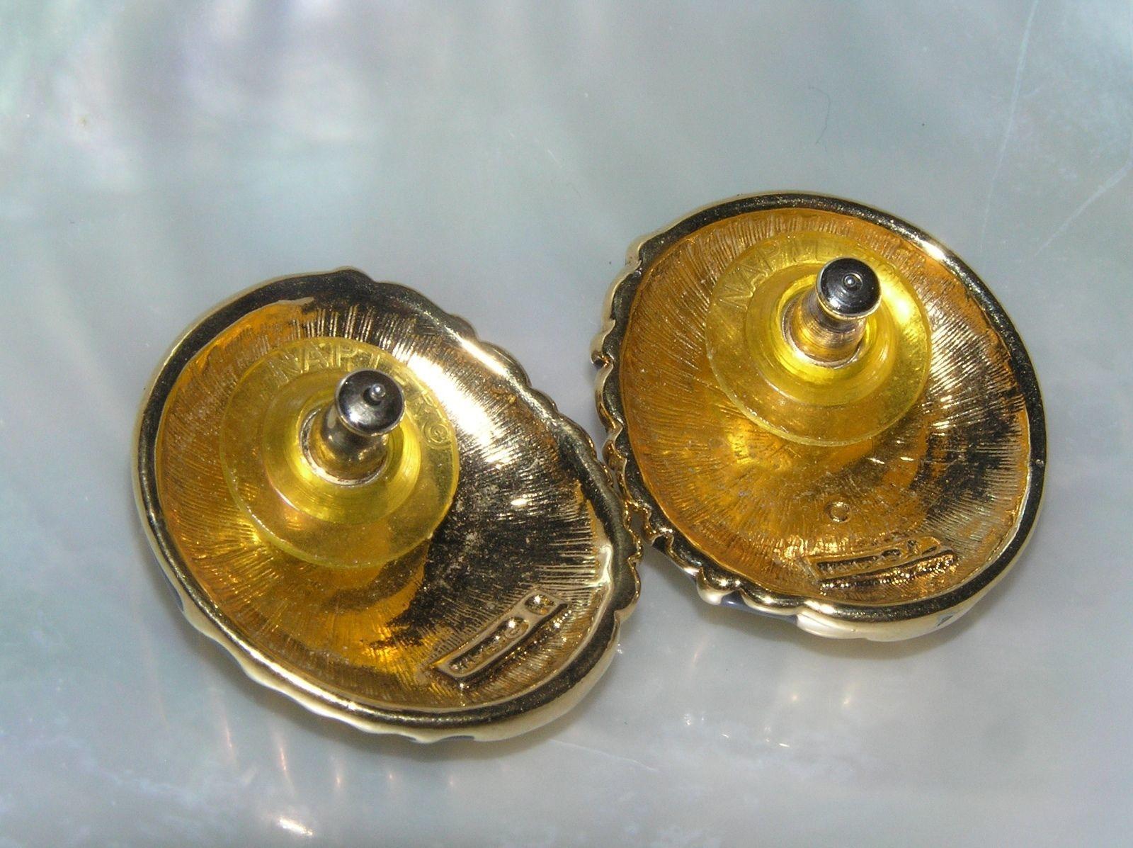 Estate Napier Signed Black Enamel & Goldtone Abstract Sea Shell Post Earrings image 3