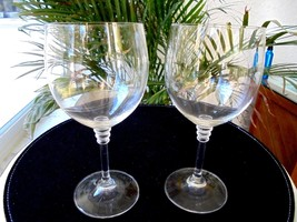 Set of 2 Vintage Triple Ring Stem Wine Glasses Italy - $15.84