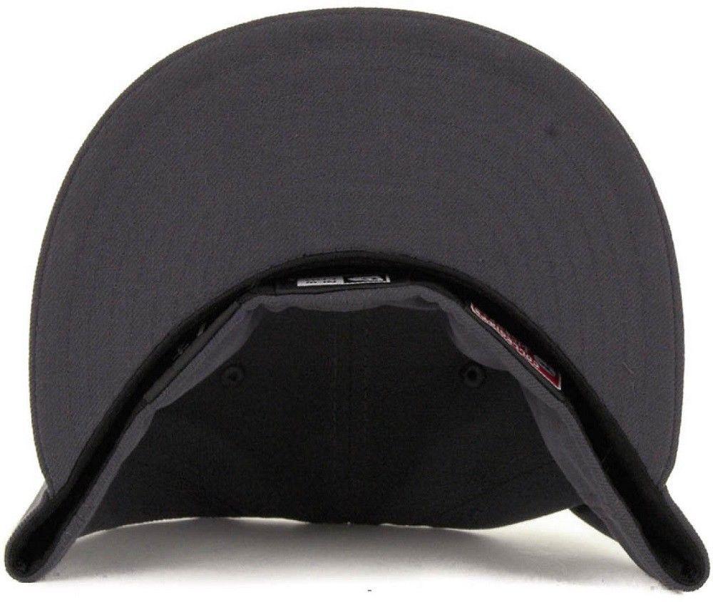 ... New Era Louisville Cardinals Graphite Pop L Logo 59Fifty Fitted Cap Hat  7-1  ... 7210de02c15
