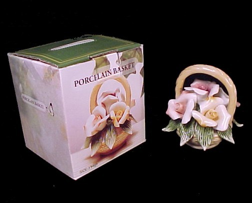 Floral Porcelain Basket Pink & Peachy Rose Blossoms Figurine Decor New in Box
