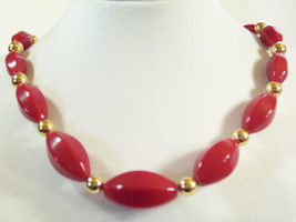 NAPIER Hot RED Beads Choker Necklace Gold Plated Oval Graduated Size Vin... - $15.83