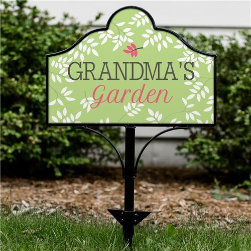 Personalized Grandmau0027s Garden Magnetic Sign With Metal Magnetic Yard Sign  Holder