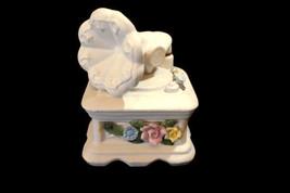 Hallmark Music Box Victrola Tune Memories Porcelain - $6.43