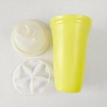 Vintage Tupperware Gravy Shaker Yellow Quick Shake Blender 844 Salad Dre... - $9.89