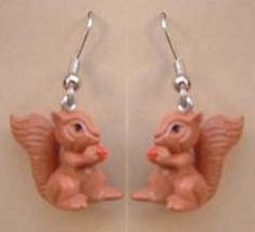 SQUIRREL CHIPMUNK w-NUT FUNKY EARRINGS-Fun Garden Animal Jewelry - $6.97