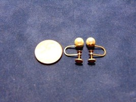 PAIR OF VINTAGE 14K YELLOW GOLD THREADED CLIP-ON EARRINGS W/PEARL 1.78g ... - $125.00