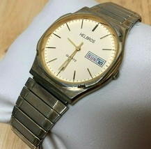 Vintage Helbros Men Gold Tone Stretch Band Analog Watch Hour~Day Date~Ne... - $32.29