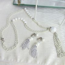 Vintage White Enamel Chain Tassel Pendant Necklace & Earrings Clip Summe... - $14.40