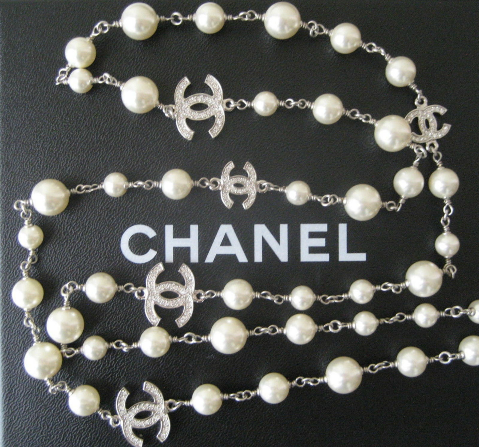 authentic chanel 5 crystal cc logo silver long beaded faux. Black Bedroom Furniture Sets. Home Design Ideas
