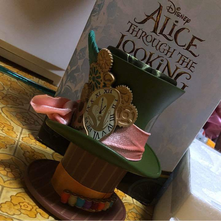 Primary image for Alice in Wonderland Mad Hatter Through The Looking Accessory Stand Hat Stand
