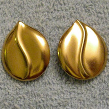 Avon Swirl Pierced Earrings Nickel Free Elegant Matte Finish Gold Plated... - $19.76