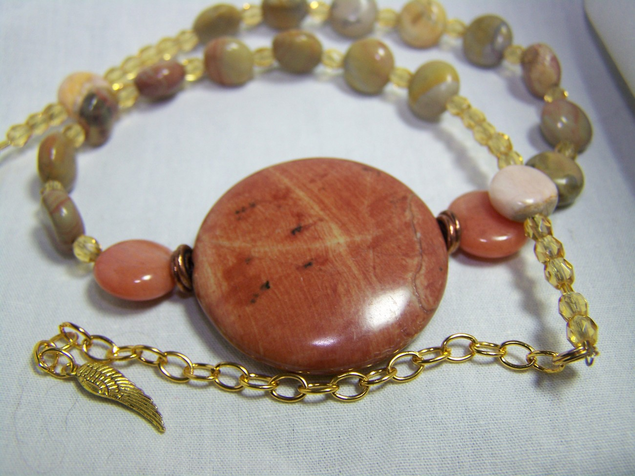 Jasper pendant stone glass gold 18 1/2inch necklace