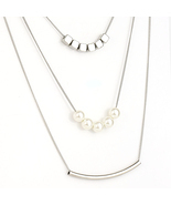 UE- Unique Multi-Strand Silver Tone Necklace with Bar & Faux Pearl Design  - $345,14 MXN