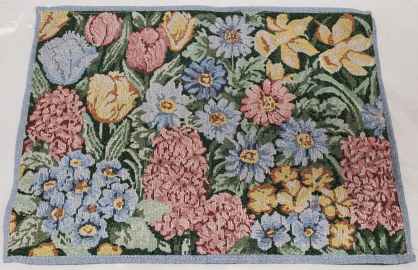 "Primary image for Set of 4 Tapestry Placemats, apprpx. 13"" x 19"", FLOWERS, MULTICLOR FLORAL DESIGN"