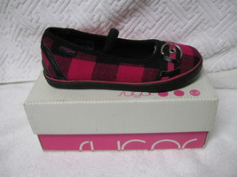 CHILD SHOES, SUGAR KIDS SMOKIN' CAT  I have size  10,11,1 (NEW) - $8.00