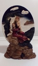 Vintage Resin Mother And Baby Figurine Blue Sky Beach Scene - $7.92
