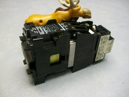 MC320TF146 Cutler Hammer Timer and Relay MD20CR3116 440-480v Coil - $200.16