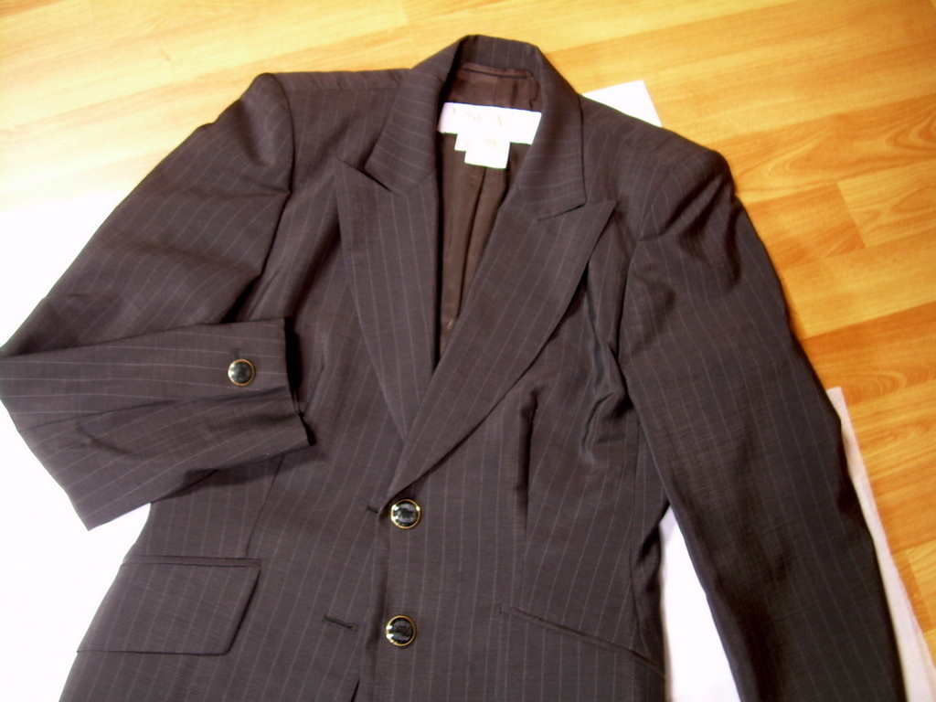 ESCADA Pant Suit Dark Brown Pinstripe Made in Germany *FREE SHIP*