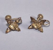 D marked Rhinestone Vintage screw on earrings - $9.95