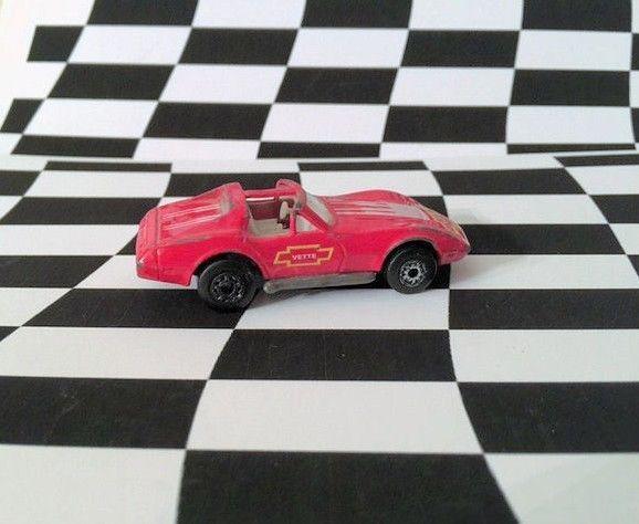 Matchbox 1992 MB #58 Corvette T-Top Red Thailand