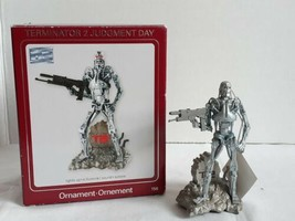 Carlton Heirloom Terminator 2 Judgment Day Christmas Ornament Lights Sound T2 - $25.65