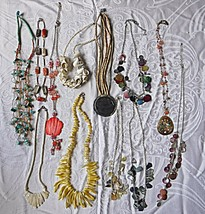 COOL VINTAGE SHELL ABELONIE M.O.P. COLLECTION OF 12 NECKLACES 30S TO 80S... - $22.34