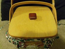 1995 Longaberger Christmas Edition Red Cranberry Basket w/Protector,Liner & Lid image 4
