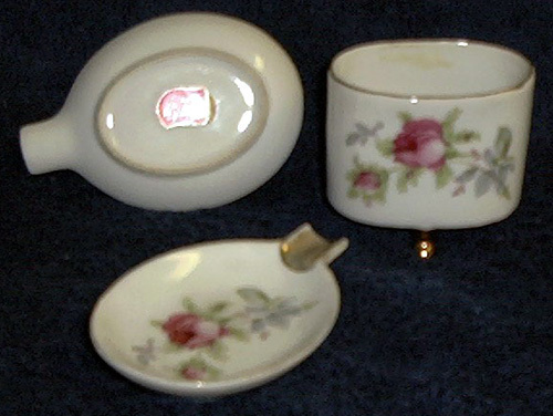 Lefton China ashtrays & cigarette holder with roses