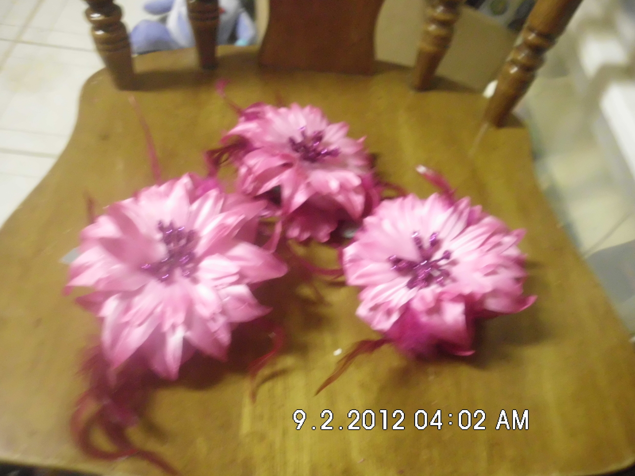 Lot of 3 Hairclips With Large Pink Flowers and Feathers